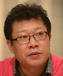 기자 박중석